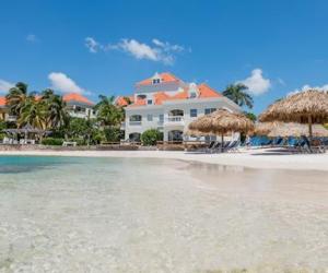 Avila Beach Hotel Curacao